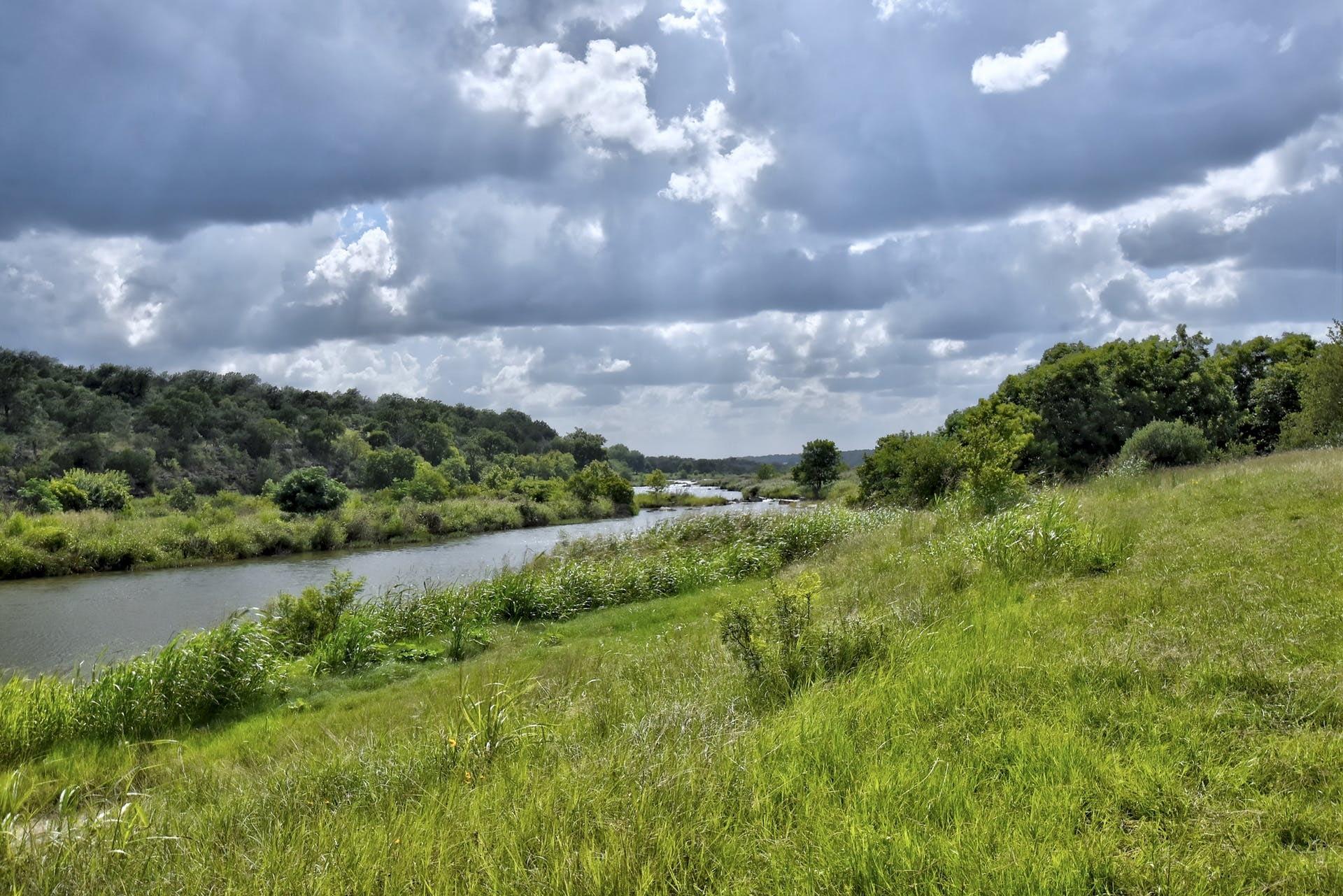 054-389594-Trails End River Park_002_10473954